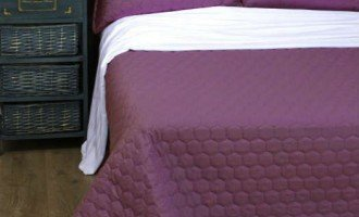 Стёганое покрывало на кровать Lotus Broadway Comb фиолетовое