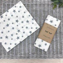 Пеленка для новорожденного Msonya Звезды россыпь серые на белом